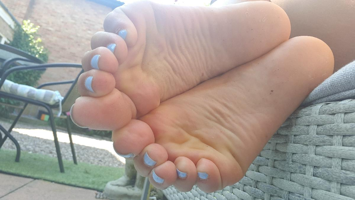 Barefoot_latinas onlyfans leaked onlyfans leaked